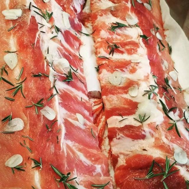 金沢からお魚が好評ですが、お肉好き好きデブおじん三橋としてはお肉も忘れてもらいたくありません。