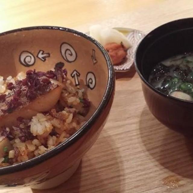 日本各地にはまだまだ知らないお料理があるもんですねー。
