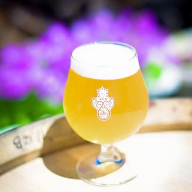 志賀高原ビールからBaby Blonde Miyama、本日も開栓してますよー。