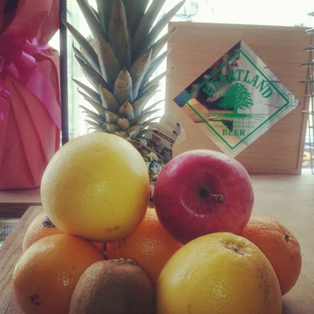 フルーツをふんだんに使ったサングリア☆