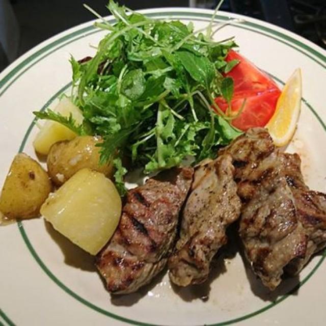 今日のイチオシの牛ほほ肉が完売したので…