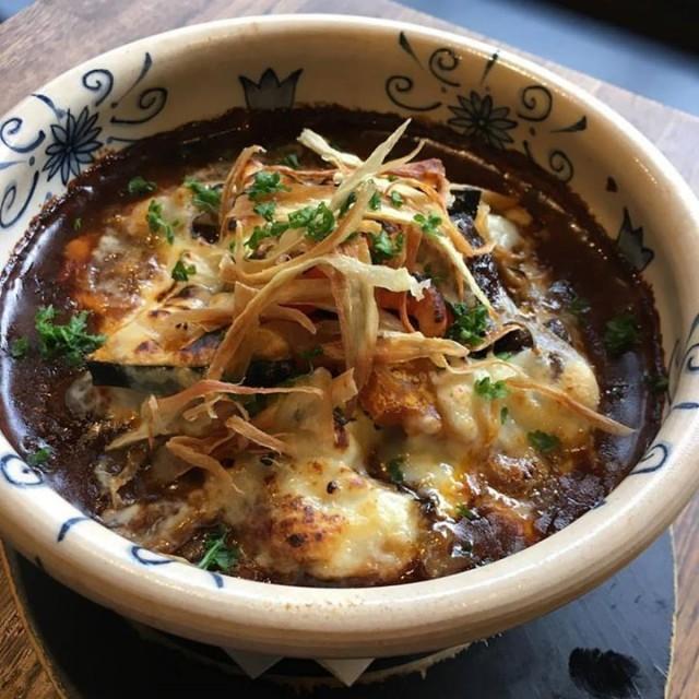 「今日はこれだな〜秋野菜とタンシチューのオーブン焼き☺️」