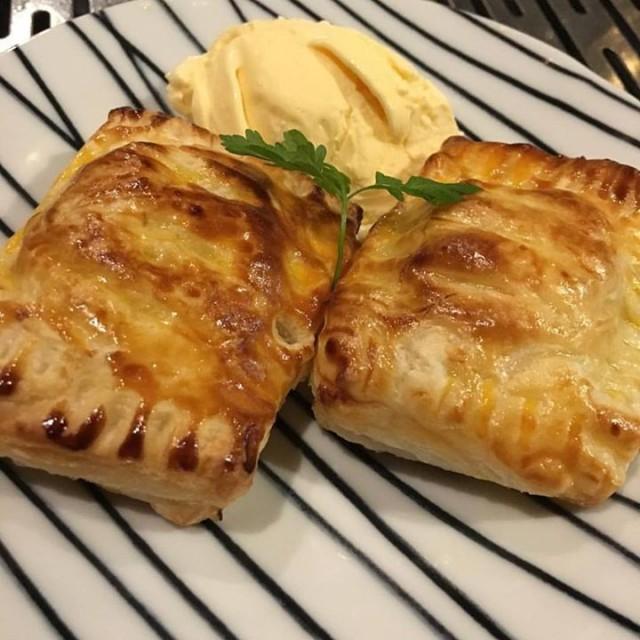 「さつま芋のスイートポテトパイと京都醸造ええとこどり☺️」