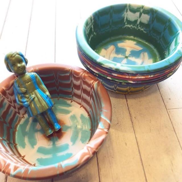 沢山のお問合せ頂いております大好評カラフルプラスチック雑貨の洗面器も届いてます‼️✨✨