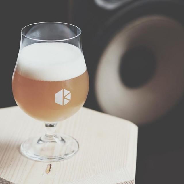 「ビール続々と入荷😊」