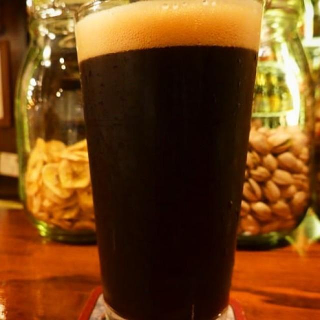 「冬にピッタリの黒ビール!」