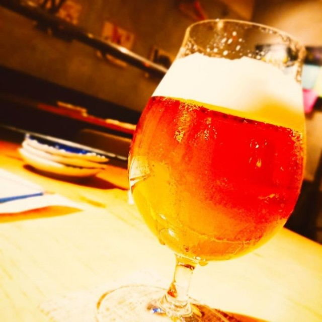 「本日も新ビール開栓でーす!」