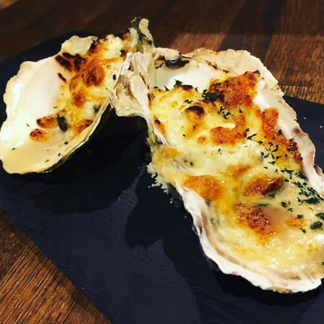 「牡蠣のチーズオーブン焼き◎すこぶるエルドラド😆」