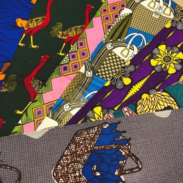 カラフルな色使いと面白くて大胆なプリントの可愛いアフリカ布も届きました😍😍😍💕