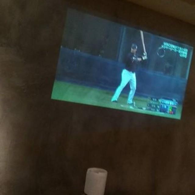 ご予約少な目なんで一緒に野球見よう!!
